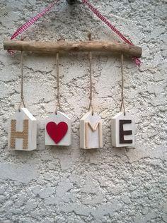 suspension HOME et NOEL bois flotté et ses petites maisons : Accessoires de maison par ptitecrea