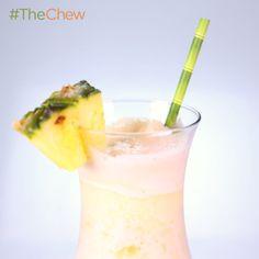 Clinton Kelly's Pina Clintada! #TheChew #PinaColada