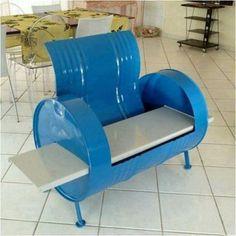 sillón con tacho de 200lts