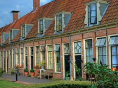 Well preserved quaint city dwellings in a sheltered setting: hofjes.