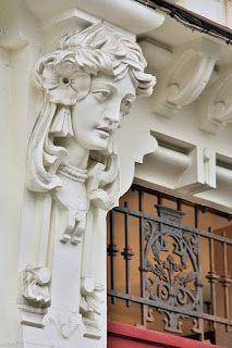 CASA JERÓNIMA ARAMBILLET  Pza. de Lugo, 13 A Coruña