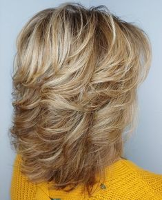 70 Best Variations of a Medium Shag Haircut for Your Distinctive Style - Feathered Shoulder-Length Shag - Medium Shaggy Hairstyles, Medium Layered Haircuts, Medium Hair Cuts, Feathered Hairstyles, Short Hair Cuts, Medium Hair Styles, Short Hair Styles, Haircut Medium, Short Wavy