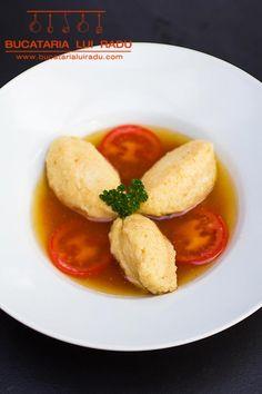 Supa cu galuste de gris. Supa de rosii cu galuste. Supe, Chicken, Meat, Food, Essen, Meals, Yemek, Eten, Cubs