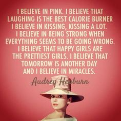 "💗 ""I believe in being strong when everything is going wrong."" 💗 Words to live by, from the incomparable Audrey Hepburn. Great Quotes, Quotes To Live By, Me Quotes, Inspirational Quotes, Motivational, Selfie Quotes, Clever Quotes, Qoutes, Jolie Phrase"