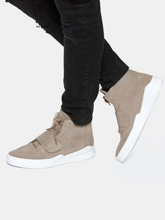 The Sting What Makes A Man, Make A Man, Sneakers Fashion, Adidas Sneakers, Shoes, Fashion Clothes, Suits, Hipster Stuff, Style