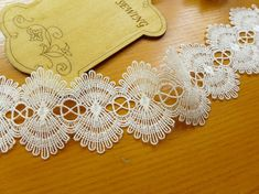 Venice Lace White Scalloped Lace Trim for Altered by lacelindsay