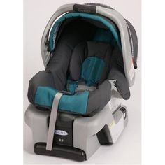Give your little one a safe ride with this Graco infant car seat. Featuring a stay-in-car base and a five-point adjust harness, this car seat has been top rated by leading consumer magazines and publications. This car seat will protect your baby. Car Seat And Stroller, Baby Car Seats, Jeep Stroller, Jogging Stroller, Travel System, Babies R Us, Babies Stuff, Kid Stuff, Baby Safety