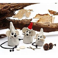 Christmas mouse of self-curing clay Diy Christmas Ornaments, Holiday Crafts, Holiday Fun, Christmas Makes, Xmas, Diy And Crafts, Crafts For Kids, Diy Weihnachten, Cata