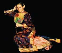 Beautiful Chinese Woman Oil Painting on Canvas only