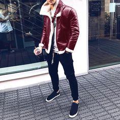 Men With Street Style, Men Street, Paris Street, Fashion Moda, Look Fashion, Paris Fashion, Womens Fashion, Style Brut, Leather Jackets Online