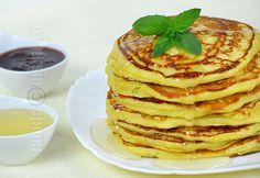 Pancakes / clatite americane – reteta video via @JamilaCuisine Salad Recipes, Dessert Recipes, Desserts, American Pancakes, Tasty, Yummy Food, Family Meals, Love Food, Food To Make