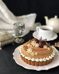 Dessert Presentation, Cake Decorating Videos, Cupcakes, Bakery Design, Sweets Cake, Japanese Sweets, Tea Cakes, Confectionery, No Bake Desserts
