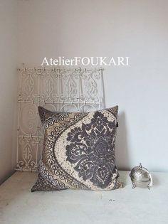 モロッコファブリック*クッションカバー*アラベスクレース・グレー - モロッコ雑貨とモロッコファッション|Atelier FOUKARI