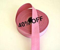 *Cinta bies plegada 60/30* Color rosa, ideal para finalizar sus trabajos.