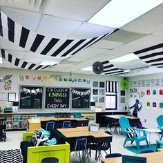 I love my new classroom! #iteach5th #iteach4th #iteachmath #teacherswag #teacherlife #teachersofig #backtoschool #teachersfollowteachers…