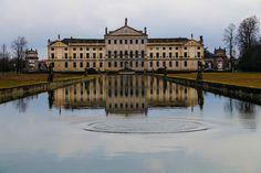 Villa Pisani splash by Andrea Zavagnin on 500px