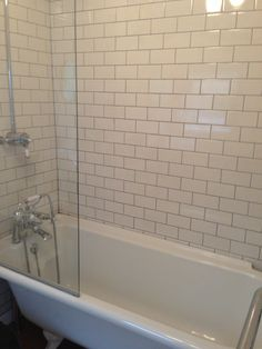 Tiles, bath & shower with screen