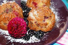 Katčina báječná kuchyně: Báječné čokoládové bochánky s ostružinami a pomera...