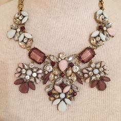 Multicolor Gorgeous Statement Necklace Perfect condition. Jewelry Necklaces