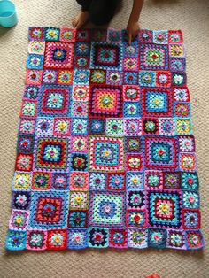 Attic24: Sweet Flower Granny Blanket ( I like that she is including a list of how much wool was needed!)