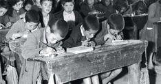Παλιές ασπρόμαυρες φωτογραφίες ελληνικών σχολείων μιας άλλης ξεχασμένης εποχής - Τι λες τώρα;