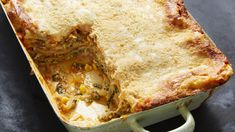 This Vegetable Loaded Mexican Lasagna has everything you want in there: roasted poblanos corn caramelized onions spinach sautéed mushrooms and zucchini. A spiced up tomato sauce and not 1 or 2 but 3 kinds of cheese. Mexican Kitchens, Mexican Dishes, Mexican Vegetables, Veggies, Patti Jinich Recipes, Salsa Suave, Mexican Lasagna Recipes, Patis Mexican Table, Zucchini