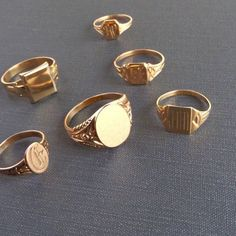 My recent infatuation with signet rings has led me down a deep rabbit hole, tracing it's fascinating history all the way back to in Ancient Egypt. For centuries, signet rings have been used to signify authority and seal business transactions, with Luxury Jewelry, Gold Jewelry, Jewelry Rings, Jewelry Accessories, Jewellery, Gold Bracelets, Metal Jewelry, Jewelry Box, Fine Jewelry