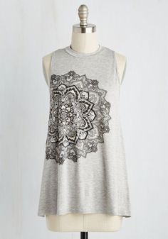 Posh Power Top - Grey, Solid, Casual, Boho, Tent / Trapeze, Sleeveless, Knit, Good, Exclusives, Crew, Mid-length