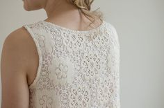Grainline Willow Tank - Guthrie & Ghani - Use this post for crochet lace back & front pleat