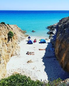 La trilogia ..tre tonalità di colore per esprimere la bellezza del nostro mare📸🏊🏝💙😍🏖🌞🌊 #sea #beach #summer2016 #sand #water #waves #blue #love #naturelovers #seascape #photooftheday #beautiful #natureza #light #skypainters #clouds #seaside #skylovers #ocean #amazing #nature #ripples #gorgeous #instagood  #instagramers  #sardegnaofficial #lanuovasardegna #volgosardegna #sardegnareflex #sardegnagopro