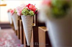 aisle flowers wedding pink, white and green