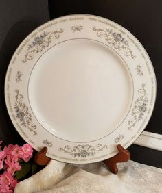 Diane Dinnerplate by OurVintageNest on Etsy