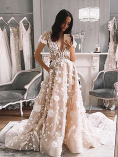LORIE Short Sleeve Wedding Dress 2020 With Flowers V Neck Lace Bridal Dresses Wedding Gowns Vestidos de novia Pallas Couture, Wedding Dresses With Flowers, Dream Wedding Dresses, Boho Wedding, Bridal Dresses, Dress With Flowers, Wedding Dress Tulle, Couture Wedding Gowns, Tulle Lace