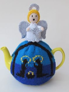 Do you love a Christmas tea cosy? http://www.teacosyfolk.co.uk/christmas-tea-cosy-knitting-patterns.php