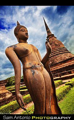 5 Reasons why I prefer Photographing Sukhothai, Thailand over Angkor Wat, Cambodia