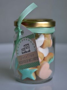 Mason Jar Gifts, Mason Jars, Cookie Box, Biscuits, Gift Packaging, Cake Designs, Little Gifts, Cake Cookies, Sprinkles