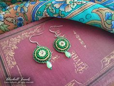 Irish green earrings - Bead embroidery - Steel ear wires Add some color to your day with these handmade czech beads earrings ! Technique used is