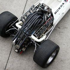 Just look at that exhaust/s. HONDA RA300
