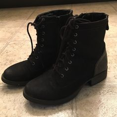 Boots Combat Boots with shoe laces and zipper Shoes Combat & Moto Boots