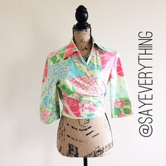 Lilly Pulitzer Aruba Patchwork Wrap Crop Shirt Get ready for the resort in this pretty Aruba patchwork print crop top by Lilly Pullitzer. This is from LP - not the Target line. The ties can be wrapped around to create a cute, crop top look. Size 8 and true to size. Beautiful print with pineapples, flowers, and sea turtles. Excellent condition - no signs of wear or stains of any kind. Thanks for looking! Lilly Pulitzer Tops