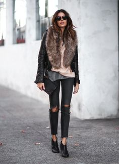 40 Winter Outfits You Must Copy Right Now Leather Bomber Jacket / Faux Fur Scarf / Destroyed Skinny Jeans / Leather Booties Faux Fur Collar Coat, Faux Fur Stole, Faux Fur Jacket, Fur Coat, Fur Collar Jacket, Fur Vest Outfits, Leather Jacket Outfits, Look Fashion, Winter Fashion
