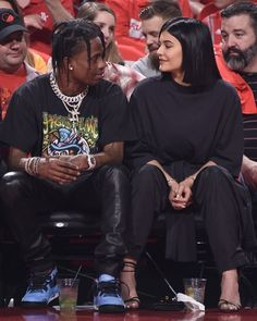 Travis and Kylie Mode Kylie Jenner, Trajes Kylie Jenner, Kylie Jenner Outfits, Travis Scott Kylie Jenner, Kyle Jenner, Estilo Kylie Jenner, Kardashian Jenner, Cute Relationship Goals, Cute Relationships