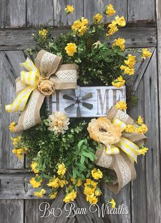 Reserved for Sarah- Farmhouse Wreath - Everyday Wreath - Wreath - Floral Wreath - Large Wreath - Front Door Wreath - Summer Wreath This rustic home wreath is simply stunning & perfect for welcoming your everyday! Dainty flowers in various tones of white & yellow make a big beautiful