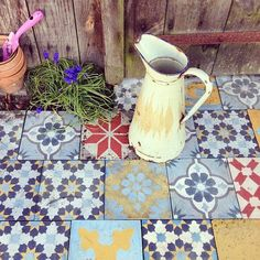 love the mix of tile patterns/colors Deco Design, Tile Design, Tile Patterns, Textures Patterns, Encaustic Tile, Style Tile, Decoration, Interior And Exterior, Sweet Home