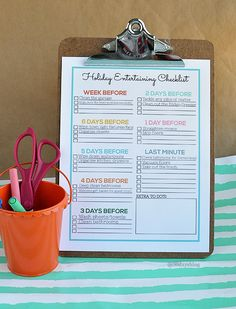 Cute holiday entertaining printable checklist- print this off to help you get ready for your next party with cleaning to do's www.thirtyhandmadedays.com