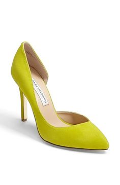 Chinese Laundry Kristin Cavallari 'Copertina' - I never thought I'd go for such a bright shoe.