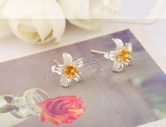 Sterling Silver Stud Earring, 925 Sterling Silver, Flower, plated, two tone, 8x5mm, Sold By Pair