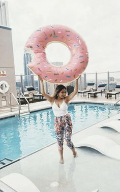 Donut even get me started on how cute these pink tropical palm tree pants are! Dreaming about a Sunday spent lounging besides the poolside with a mimosa. Printed Trousers, Trouser Pants, Rent Clothes, Le Tote, Summertime Outfits, Sandy Beaches, Bcbgeneration, Palm Trees, Style Inspiration