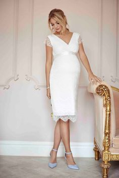 Imogen Maternity Wedding Shift Dress Ivory White - Maternity Wedding Dresses, Evening Wear and Party Clothes by Tiffany Rose Tiffany Rose, Long Wedding Dresses, Bridal Dresses, Dress Wedding, Maternity Dresses, Maternity Fashion, Pregnant Wedding Dress, Maternity Wedding, Vintage Inspiriert