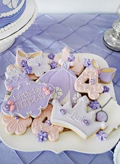 Celebrate original birthday party with ideas for Princess Sofia Birthday Party decoration Ideas Sofia might be one of the littlest princesses of all, but she's one of our favorites! Our Sofia Princ… Princess Sofia Birthday, Sofia The First Birthday Party, Third Birthday, 4th Birthday Parties, Princess Sofia Cake, Purple Princess Party, Sofia The First Cake, Tangled Birthday, Birthday Ideas